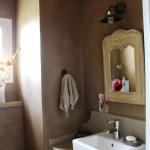 wc mur stuc et plan de travail beton ciré